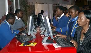 Zimbabwe : Des ordinateurs offerts par le président devenus obsolètes avant même d'être utilisés