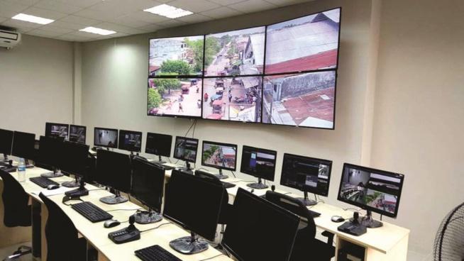 Le Cameroun dévoile un centre de vidéosurveillance construit par Huawei