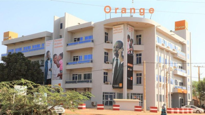 Orange achève sa sortie du Niger