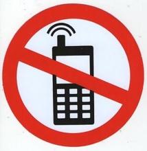 Ile Maurice: bientôt les piétons ne pourront plus utiliser leur téléphone portable dans la rue