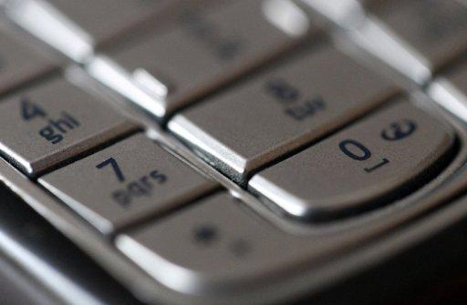 Cameroun: Le personnel de santé des aires reculées reçoit des téléphones gratuits