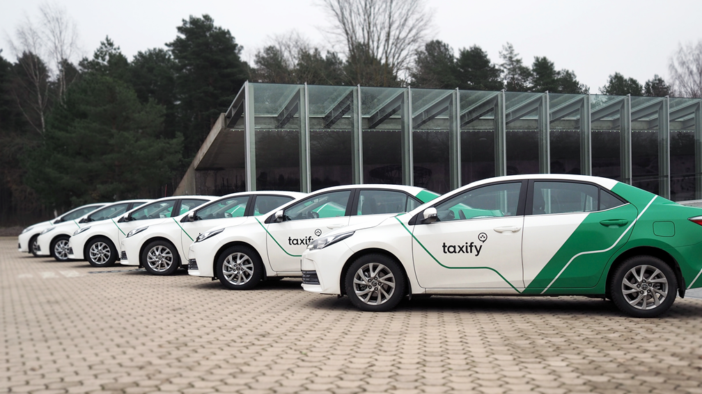 Taxify, le plus grand rival d'Uber en Afrique, vaut maintenant 1 milliard de dollars