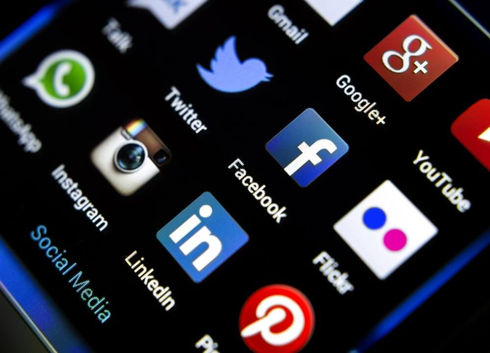 Le Bénin veut lui-aussi taxer les médias sociaux