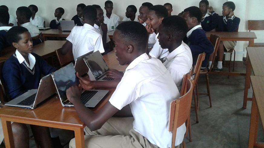 Rwanda: Inauguration de salles de classe intelligentes à Saint-André
