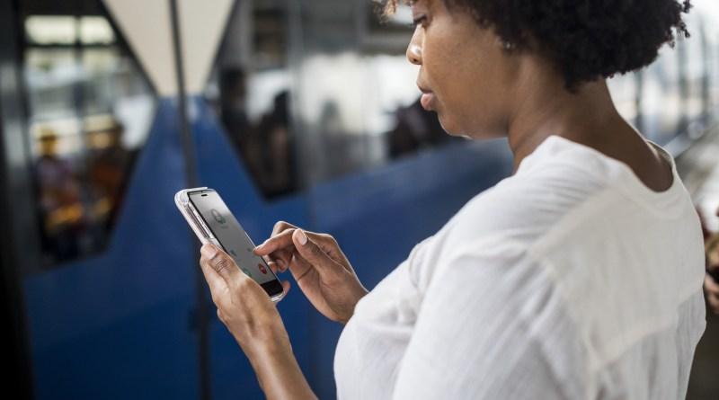 Rapport - Les Rwandais dépensent 7% de leurs revenus dans l'Internet