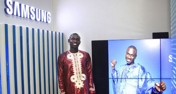L'artiste Pape Diouf devient ambassadeur de Samsung au Sénégal