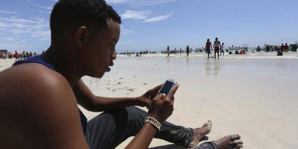 Orange veut devenir le « champion de la ruralité » en Afrique