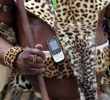 Afrique du Sud : La police espionnerait plus de 70 000 téléphones mobiles chaque année