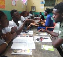 Cameroun: un élève crée une application pour faciliter l'échange de connaissances