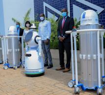 Rwanda : le gouvernement déploie davantage de robots dans le combat contre le Covid-19