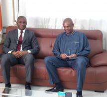 """Cote d'Ivoire: Le gouvernement veut lancer une plateforme """"U-report"""" pour interagir avec les jeunes"""